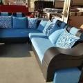 Corner sofa with puffy